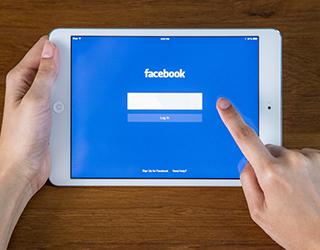 【お知らせ】Facebook「シェア機能」設置